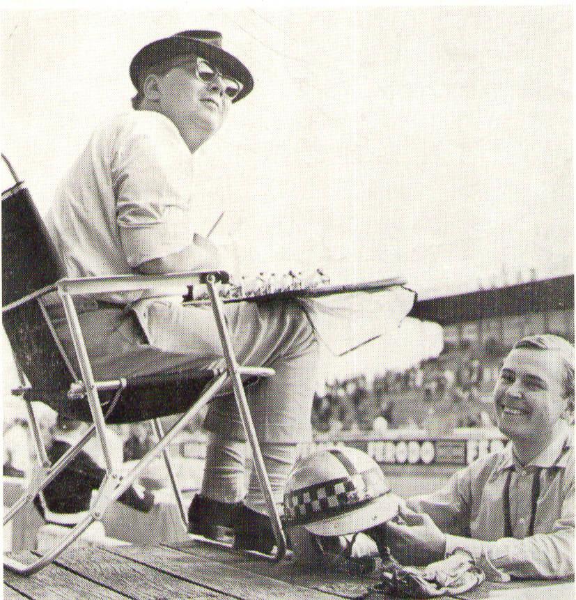 Le Mansissa -65, ajanottajan pallilla tallipäällikkö Graham Robson.
