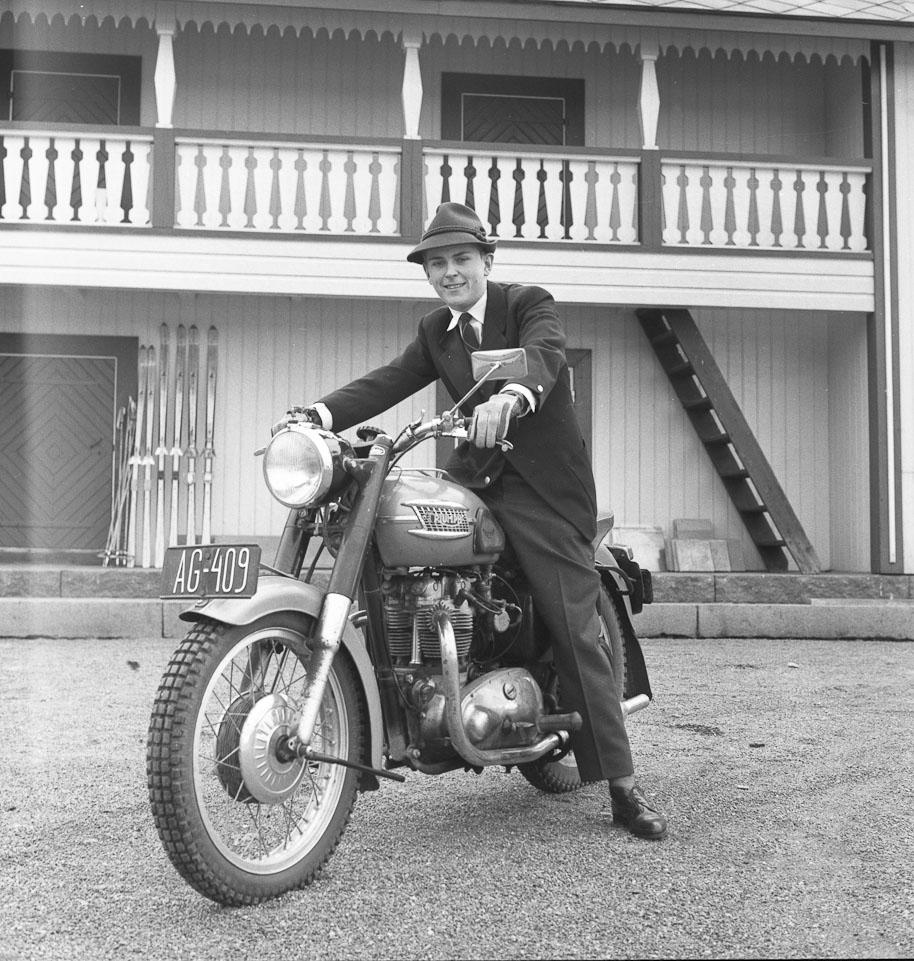 Simo ja Triumph Bonneville.