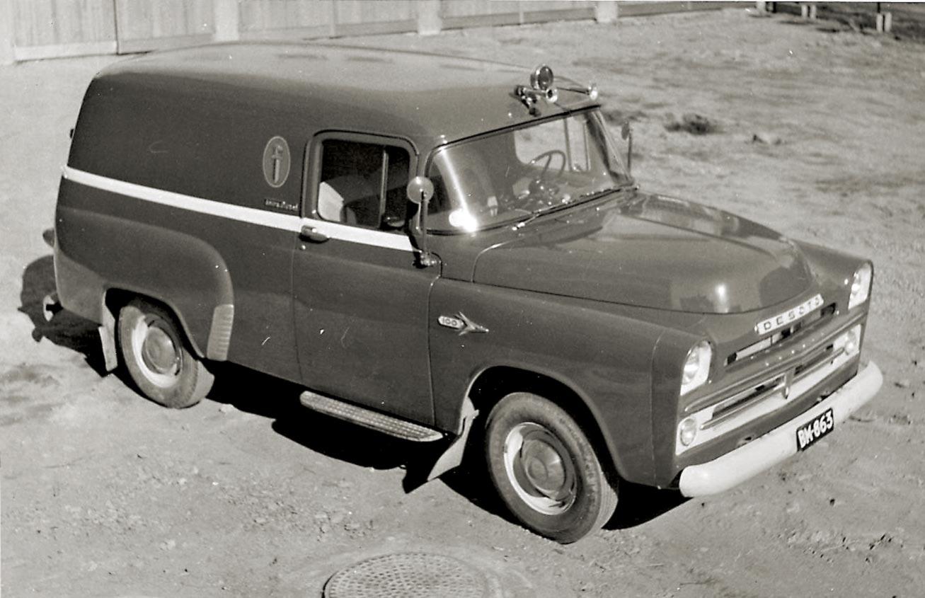 De Soto Town Panel – tyypillistä 60-luvun alun maijakalustoa. Näitä oli tiettävästi myös Dodgeina ja Fargoina?