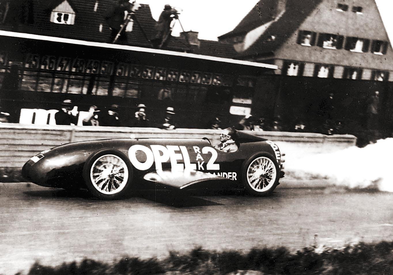 Mobilisti_Opel_Raketti105